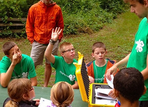 Image of 4-H students participating at HughesNet sponsored camp